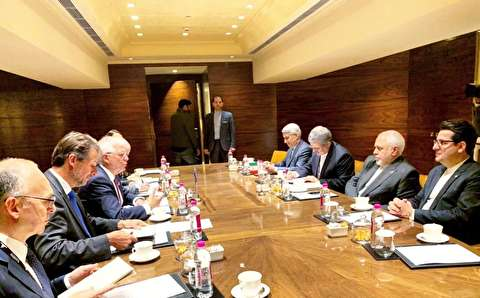 اولین دیدار وزیر خارجه با جانشین موگرینی / ظریف: اتحادیه اروپا رفتار خود را در قبال ایران و برجام تصحیح کند