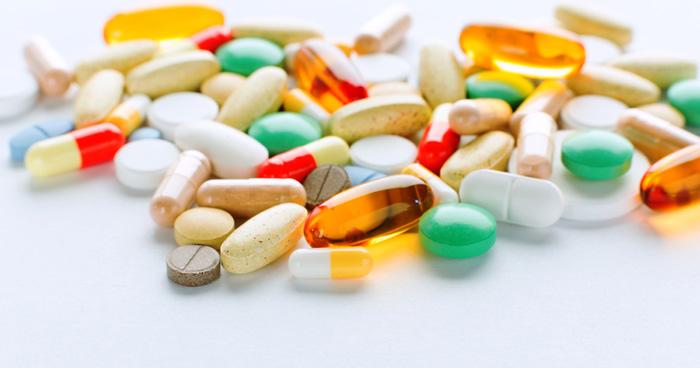 کشف انبار داروهای قاچاق در تهران