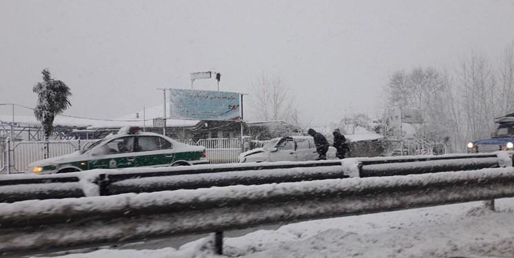 ۷ فوتی و ۷۸ مصدوم بر اثر بارش سنگین برف در گیلان