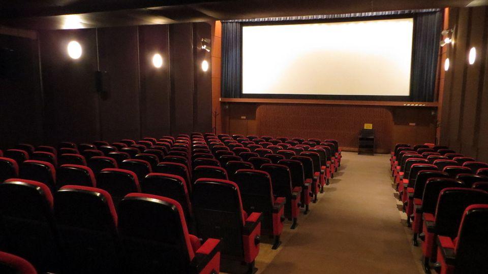 چه فیلمهایی شانس اکران نوروزی دارند؟