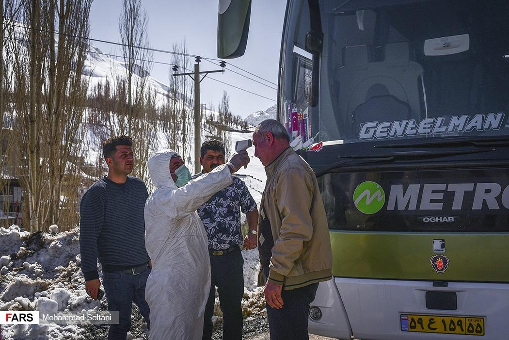 تصاویر: تست کرونا در ورودی مازندران