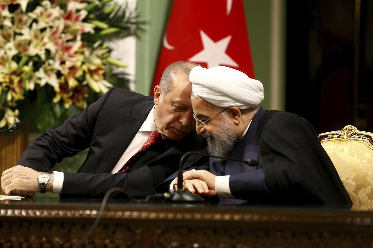 ممکن است آمریکا، اسرائیل و روسیه بخواهند ایران و ترکیه را در سوریه در مقابل یکدیگر قرار دهند / می خواهند از هر دو امتیاز بگیرند / باید مراقب باشیم بازی نخوریم