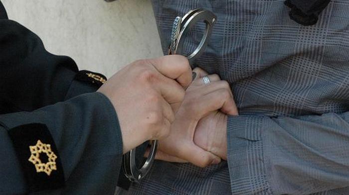جراح قلابی زیبایی در مطبش دستگیر شد