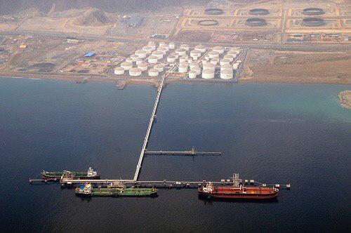 وقوع انفجارهای بزرگ، بندر «فجیره» امارات را به لرزه در آورد/ ۷ تا ۱۰ نفتکش دچار آتش سوزی شده اند