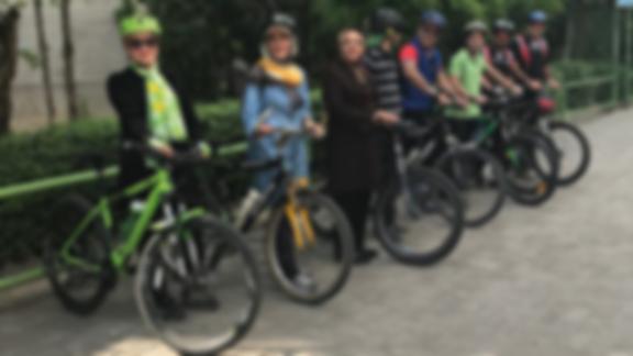 دادستان اصفهان: دوچرخه سواری بانوان در فضای عمومی فعل حرام است/ به شهرداری و ناجا راهکار داده ام دوچرخه با پوشش مناسب برای بانوان طراحی شود