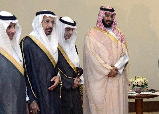 مخمصه ای که عربستان پس از لغو معافیت های نفتی ایران با آن روبرو شد: ریاض در دوراهی ترامپ یا اوپک