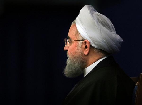 آیا روحانی پیرو منطق احمدی نژاد شده؟ / آقای رئیس جمهور! «تدبیر» پیشکش، لطفا همان کورسوی «امید» مردم را هم کور نکنید