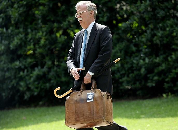 بولتون تمایلی به ترک کاخ سفید ندارد