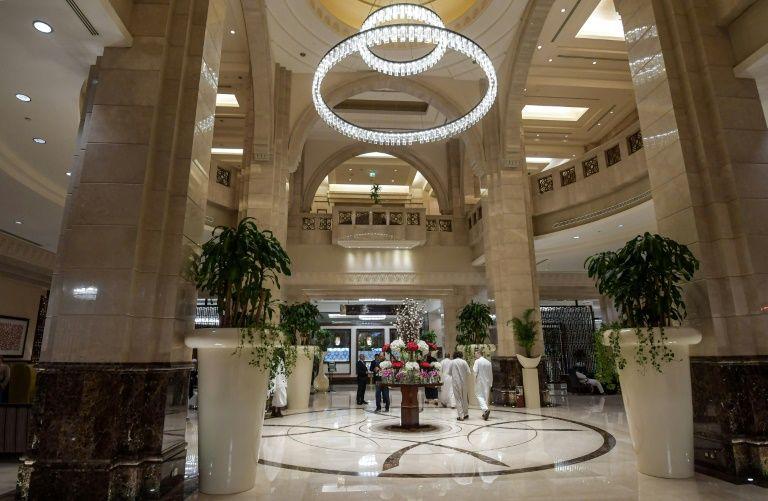 حج لاکچری ۲۵ هزاری دلاری در هتلهای مشرف به کعبه +تصاویر