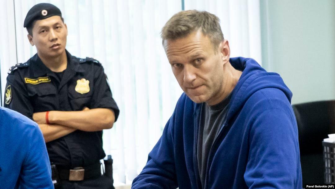 رهبر مخالفان پوتین در زندان «با عامل نامشخص شیمیایی مسموم شده است»