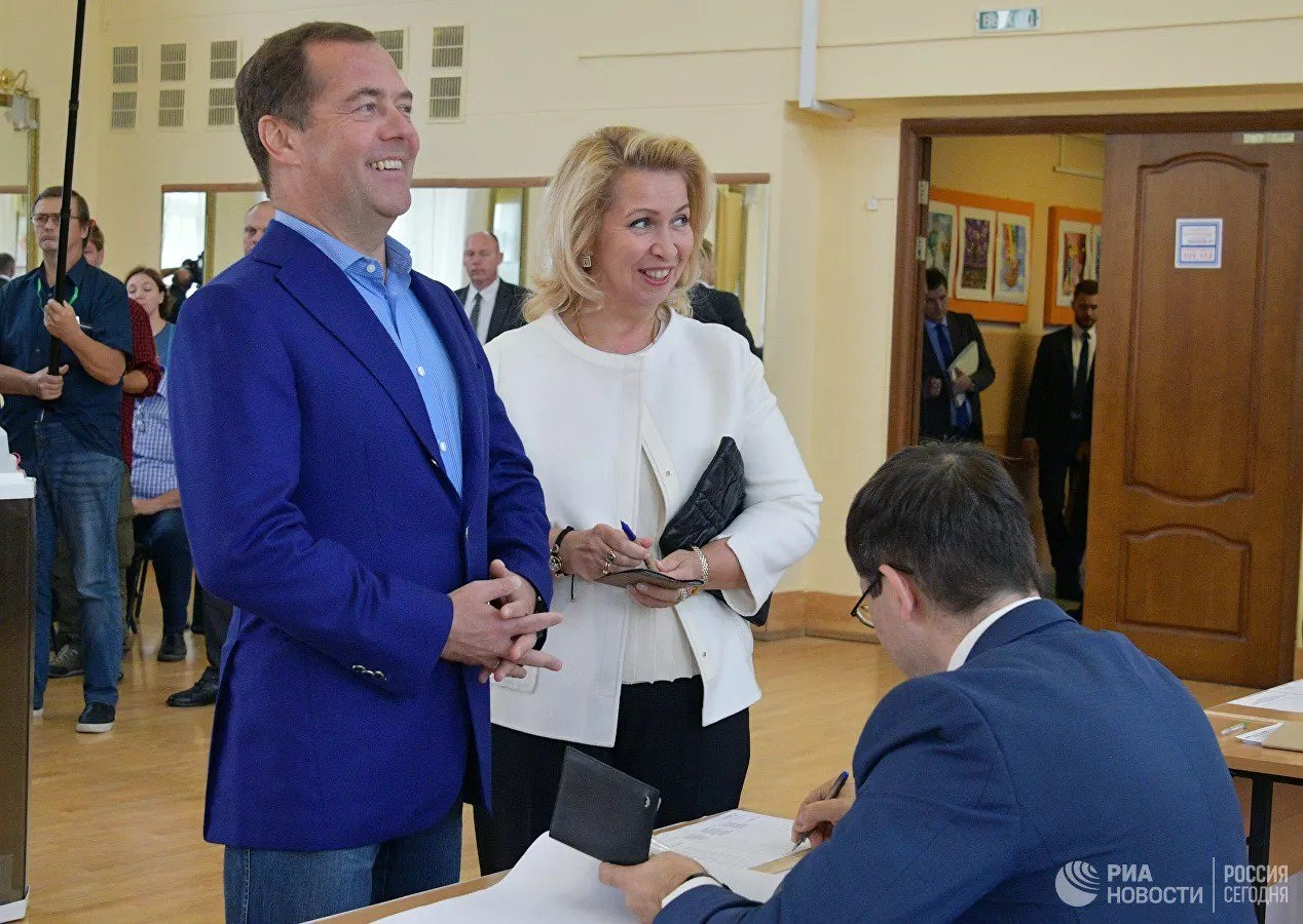 نگاهی به انتخابات محلی روسیه؛ از مشارکت پایین در مرکز تا حضور پررنگ در مناطق موردمناقشه کریمه و آبخازیا / حزب پوتین جلوتر است