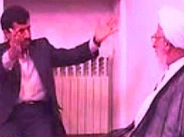 این احمدی نژاد، همان احمدی نژاد ۸۴ است / آیا مدعی «بهار» واقعا خود را منجیِ مجهز به حمایت نیروهای ماوراءالطبیعه، میداند؟