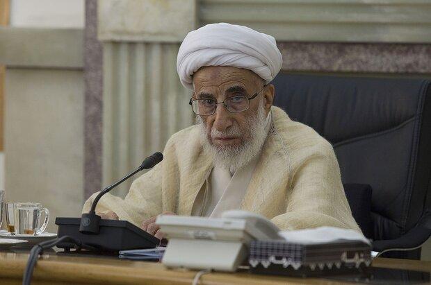 انتقاد آیت الله جنتی از مسکوت ماندن طرح قانون انتخابات در مجلس/فتنه در عراق ناکام خواهد شد
