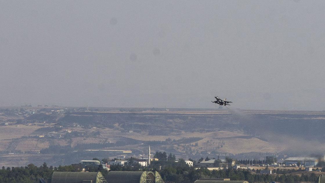 وزارت دفاع ترکیه: برای تامین امنیت ملی خود عملیات چشمه صلح را آغاز کردیم