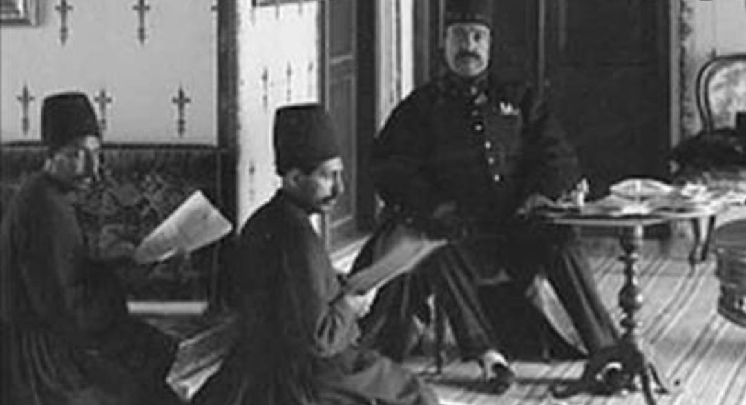 یادداشتهای روزانه اعتماالسلطنه، چهارشنبه 20 مهر 1260: روزنامه «اختر» نوشته بود دولت ایران میخواهد سواحل مشرق جنوبی بحر خزر را به دولت روس بفروشد!