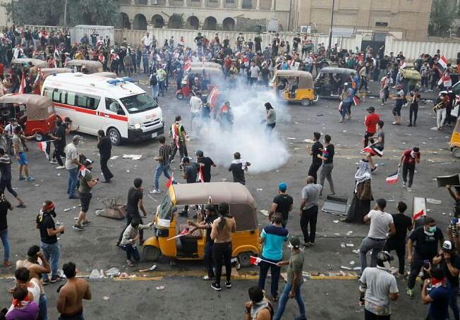 27 کشته و 1800 زخمی در اعتراضات جمعه عراق