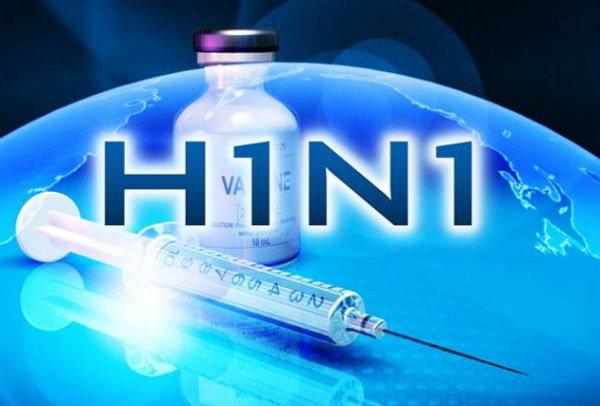 وزارت بهداشت: آنفلوآنزا به شدت مسری است / پرخطرها واکسن بزنند / هیچ متخصصی هم نمیتواند بین یک سرماخوردگی و آنفلوآنزای خفیف تفاوت قائل شود / آنتیبیوتیک تاثیری بر آنفلوآنزا ندارد