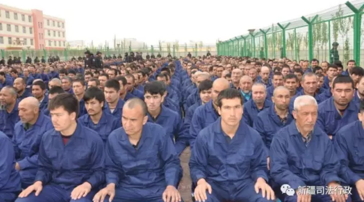 فارین پالیسی: اسناد جدیدی در مورد اردوگاههای «شست و شوی مغزی» در چین به دست آمده / یک میلیون مسلمان در این اردوگاهها زندانی شده اند / یکی از این اسناد دفترچه راهنمای دولت چین درمورد شرایط نگه داری افراد و جلوگیری از فرار آنهاست