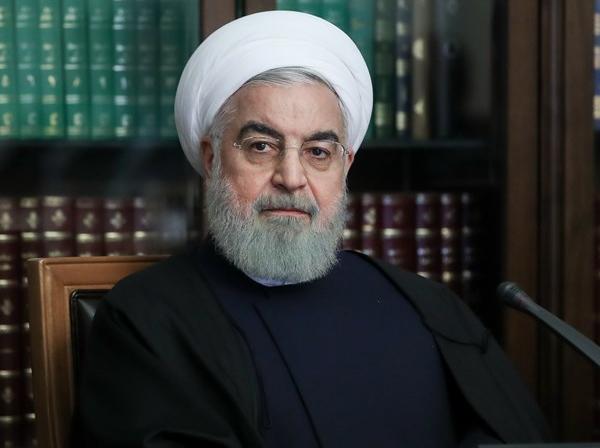 روحانی: تردد میان استان ها از اول اردیبهشت آزاد می شود / وقتی میگوییم وضع ایران در مبارزه با کرونا از اروپا بهتر است، نمیدانید که ماهوارههای آنها چه خاکی بر سر میکنند / احتمالا در ماه رمضان اجتماع مذهبی نخواهیم داشت