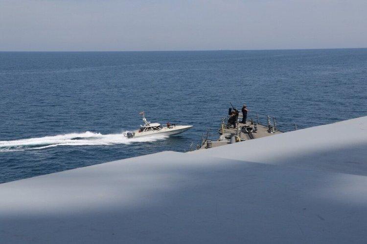 پمپئو: آمریکا در حال بررسی نحوه پاسخ به رفتار قایق های سپاه است