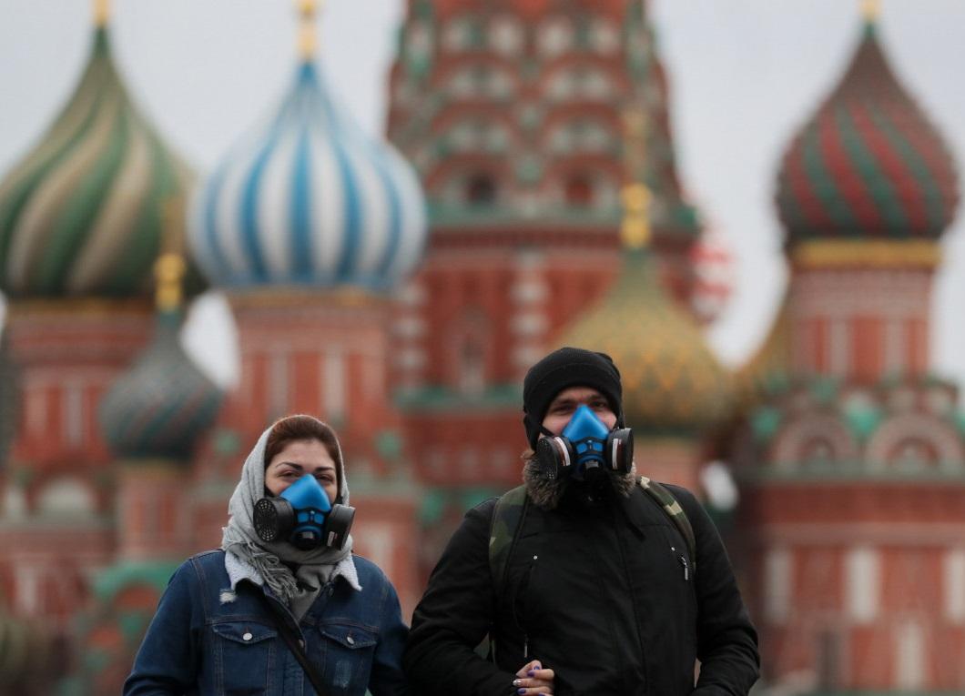 چرا روسیه ۱۴۶ میلیون نفری تا الان فقط ۲۵۳ بیمار کرونایی داشته، حتی کمتر از لوکزامبورگ ۶۰۰ هزار نفری؟