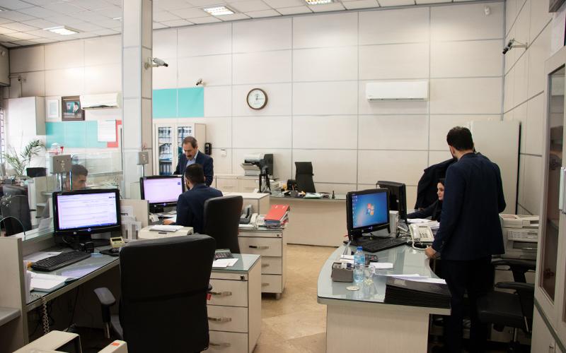 پرداخت حقوق کارکنان مشروط شد / اجباری شدن ثبت اطلاعات در سامانه کارمند ایران