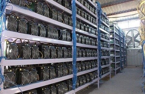 کشف ۶۷ دستگاه ماینر قاچاق در