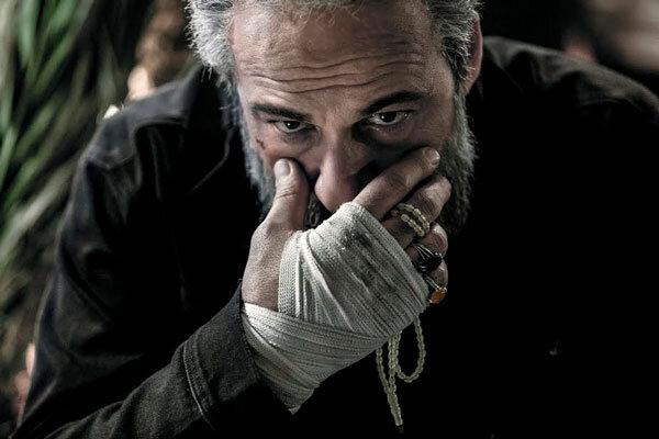 دورخیز «دیدن این فیلم جرم است» برای رکوردشکنی/ سینما را احیا کنیم