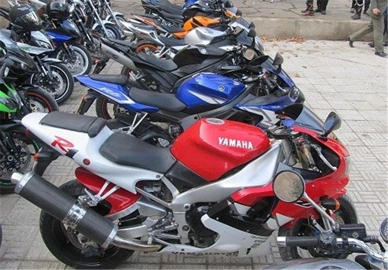 نبرد موتورسیکلتسواران پایتخت با بیمهگران