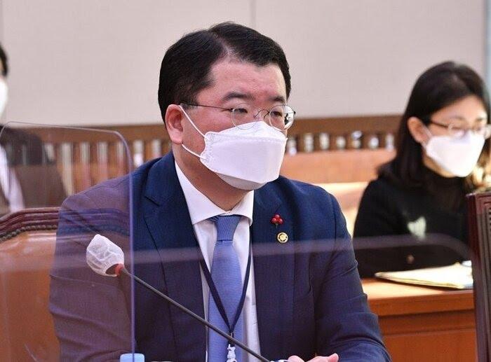 معاون وزیر خارجه کره جنوبی یکشنبه راهی ایران می شود