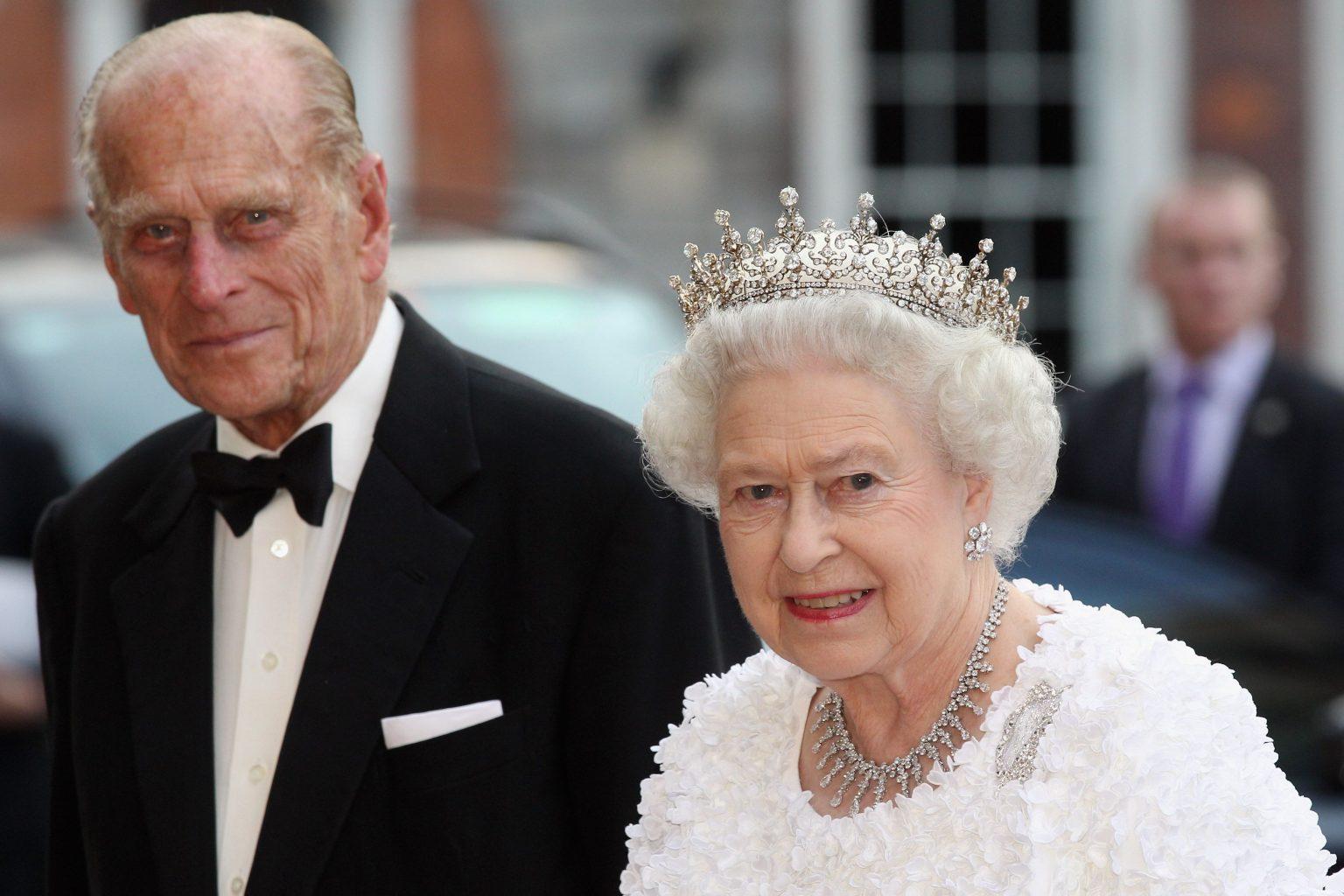 ملکه انگلیس واکسن کرونا دریافت کرد