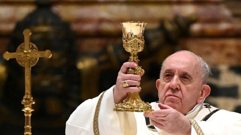 پاپ فرانسیس هفته آینده واکسن کرونا میزند