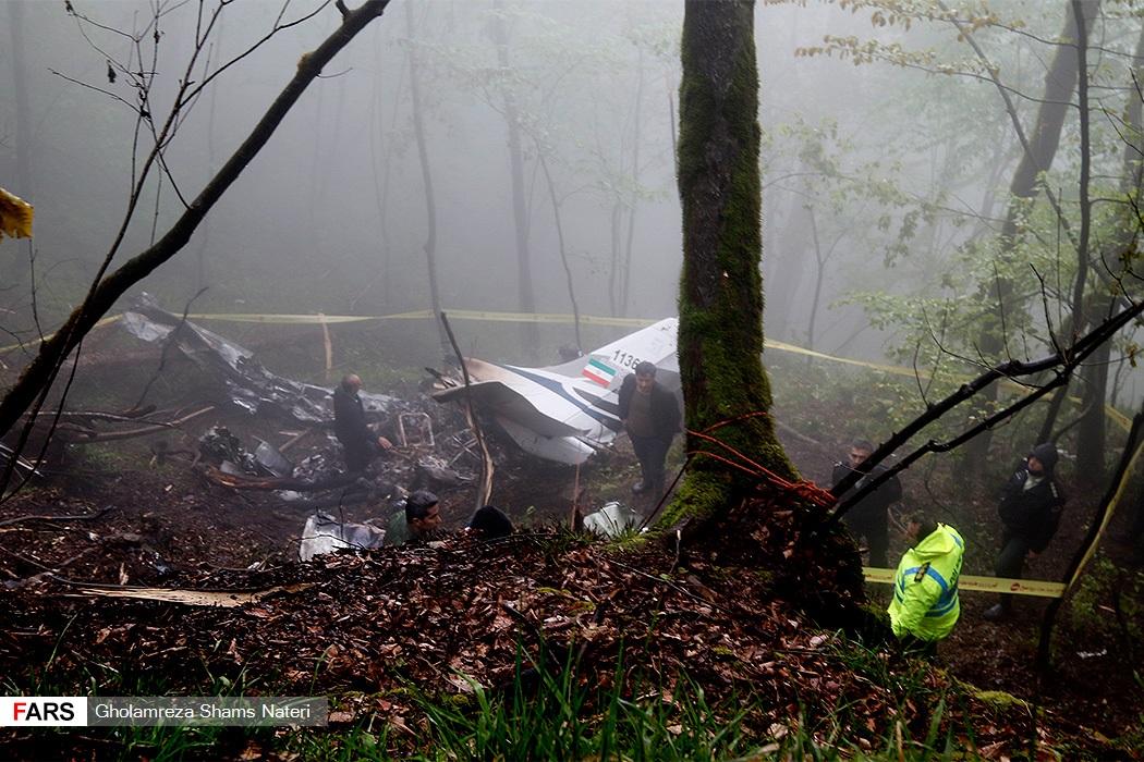تصاویر: سقوط هواپیمای ناجا در مازندران