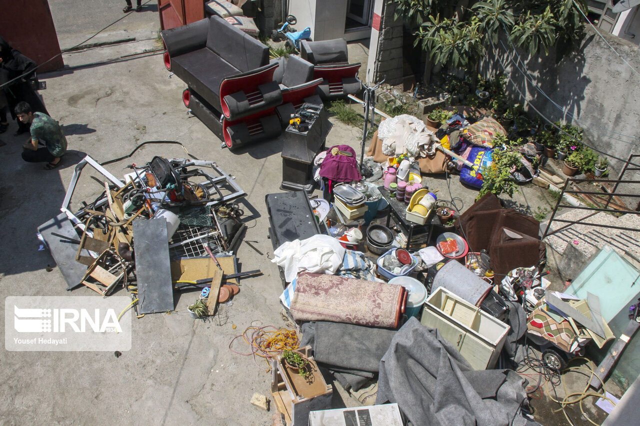 تصاویر: انفجار منزل مسکونی در آستارا