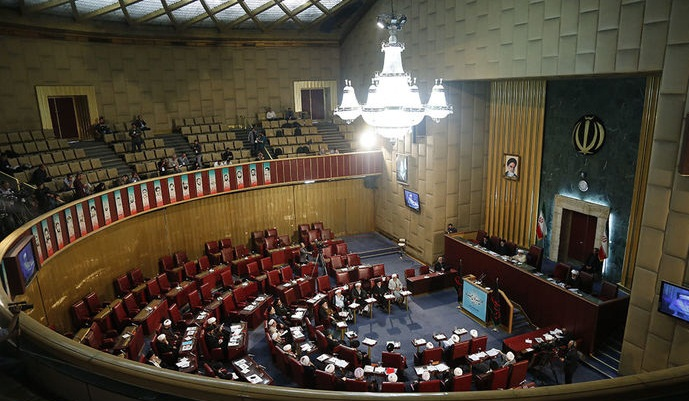 اجلاسيه هشتم خبرگان رهبرى به تعويق افتاد