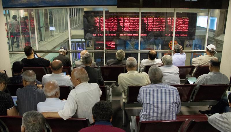 عضو کمیسیون اقتصادی: دارا دوم شهریور ماه میآید