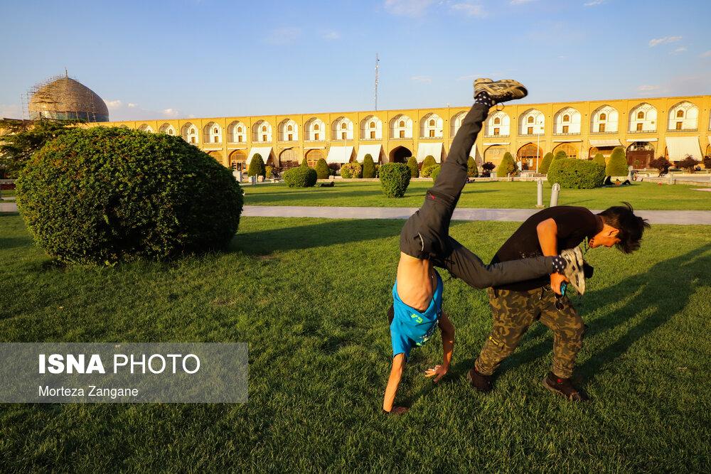 تصاویر: جریان زندگی در میدان نقش جهان