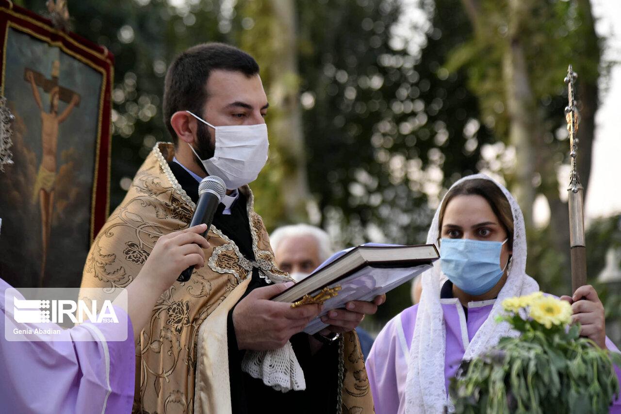 تصاویر: بزرگداشت صلیب مقدس