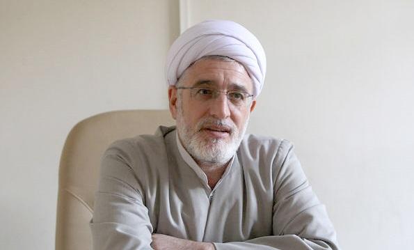 حجت الاسلام فیرحی، استاد حوزه و دانشگاه، در آی سی یو بستری شد