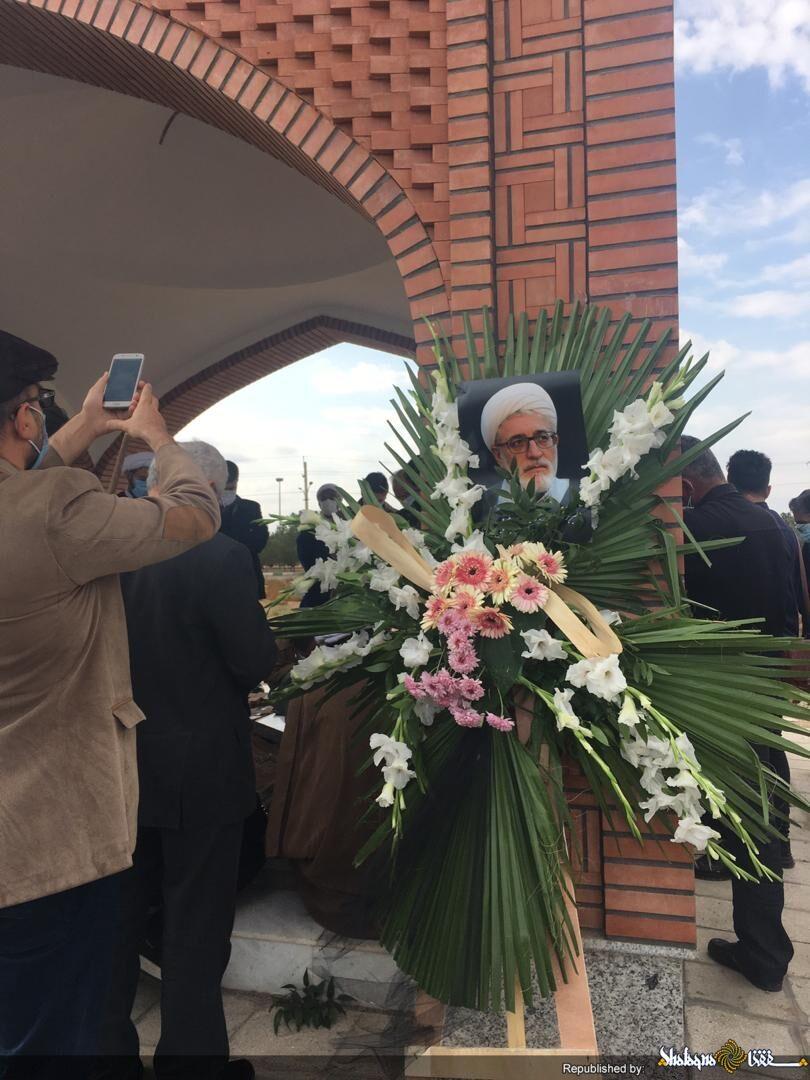 مراسم تشییع دکتر فیرحی در شهر قم برگزار شد  + عکس