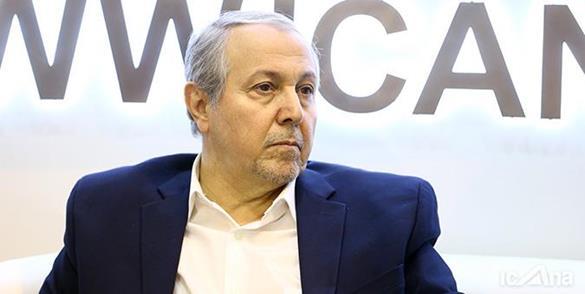 ادامه حواشی سخنرانی اخیر وزیر بهداشت در اصفهان /  علی نوبخت، رئیس سابق کمیسیون بهداشت نیز از ادامه همکاری با وزیر بهداشت انصراف داد!