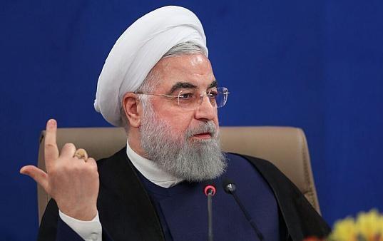 روحانی: در سختترین دوران اداره کشور را برعهده گرفتیم / وعده های ما به مردم، تعامل با جهان، برداشتن تحریم ها و تثبیت حق هسته ای بود