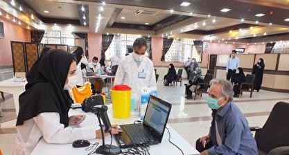 وزارت بهداشت: 70 درصد گروه های هدف در کشور به مراکز واکسیناسیون مراجعه کرده اند / با آگاه سازی مردم می توان آن 30 درصد باقیمانده را هم ترغیب کرد