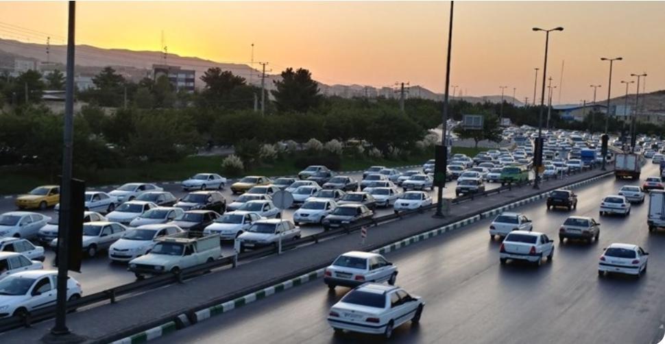 ترافیک سنگین در هراز و کندوان/ تردد پرحجم خودرو در آزادراه قزوین-کرج